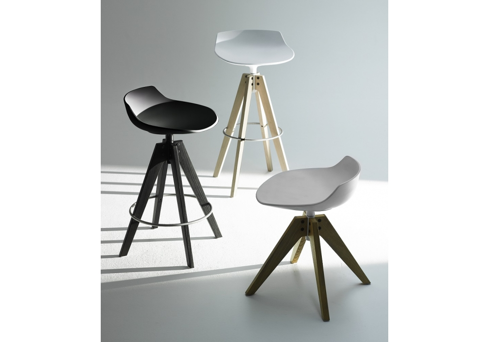 Flow stool sgabello vn rovere mdf italia myhomeshop